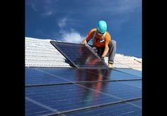 Infelizmente, a instalação de painéis de captação de luz solar possui custos elevados.