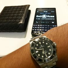 #inst10 #ReGram @ariebow: Tik tok #rolex #rolexsubmariner #ceramic #random #Mondani #blackberry #blackberryporschedesign #p9983 #graphite #bellross #bottegaveneta #BlackBerryClubs #BBer #BlackBerryPhotos #BlackBerryP9983 #PorscheDesign