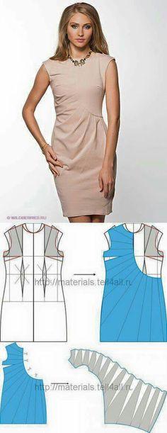 robe moulante sans manche avec des plis partant du haut à droite et rayonnant partout sur la gauche de la robe BEIGE