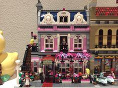 LEGO friends restaurant MOD Brick Building, Lego Building, Building Ideas, Lego Activities, Building Drawing, Lego Modular, Lego House, Lego Moc, Lego Friends