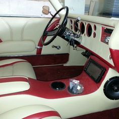 71 chevelle custom car audio stereo install trunk console. rear bucket seats