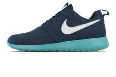 39dd4973bf37 Hot Men s Nike Roshe Run 511881 443 Squadron Blue Fiberglass Sport  Turquoise Running Shoe (Men s Size Squadron Blue Fiberglass Sport Turquoise)