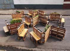 recycled wooden pallets interlocking mobile benches // by r1