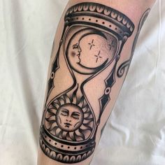 25 Sun and Moon Tattoo Design Ideas – Tattoo Designs