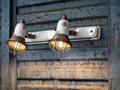 Spots muraux. Mod. INDUSTRIAL J Blanc Shabby Chic, Spot Mural, Structure Metal, Industrial, Spots, Energy Efficiency, Track Lighting, Artisan, Basket