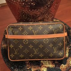 Authentic LV clutch In amazing condition! Louis Vuitton Bags