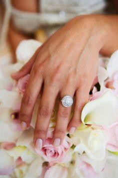 vintage round engagment ring