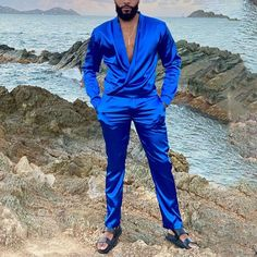 Style Casual, Men Casual, Trouser Suits, Trousers, Suit Fashion, Mens Fashion, Mode Costume, Satin Shirt, Summer Suits