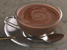 Ditch the packaged hot cocoa mix and try this healing, dairy-free hot chocolate instead by culinary nutrition expert Tammie Duggar. (substitute stevia in place of honey) Dairy Free Hot Chocolate, Chocolate Slim, Mexican Hot Chocolate, Hot Chocolate Mix, Belgian Chocolate, Hot Chocolate Recipes, Healthy Chocolate, Le Cacao, Cacao Amaro