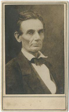gettysburg address essays