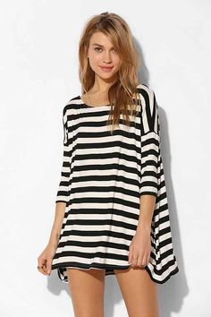 Damen Fledermaus Langarm Pulli Shirt Asymmetrisch Hem Batwing Bluse T-shirt Tops Casual Dresses For Women, Casual Outfits, Cute Outfits, Shirts & Tops, Women's Tops, Looks Chic, Urban Outfitters Dress, Striped Tee, Striped Dress
