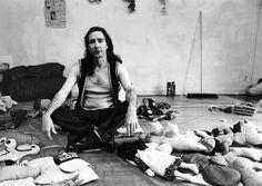 Mike Kelley in z'n atelier 1989