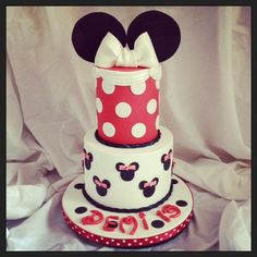 Minnie Mouse Themed Birthday Cake