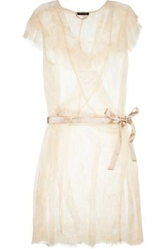 Vintage-cream inspired robe