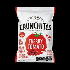 """JED Creative – Crunchites """" Crunchites is a range of air dried vegetables snacks. The client wanted a look that's fun and exciting because most of healthy snack Kids Packaging, Fruit Packaging, Food Packaging Design, Brand Packaging, Vegetable Packaging, Clever Packaging, Healthy Snacks For Kids, Healthy Recipes, Healthy Crisps"""