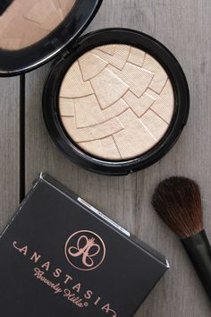 Anastasia Beverly Hills 'So Hollywood' Illuminator | British Beauty Addict | Bloglovin'