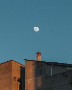 Aún cuando caiga la noche me quedaré contigo  #FL_composicion @fotonline.es #moon