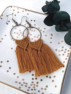 Macrame Jewelry, Decor & Accessories, Crochet Patterns by TheJonesyCo Diy Macrame Earrings, Macrame Colar, Macrame Jewelry, Boho Earrings, Crochet Earrings, Macrame Knots, Micro Macrame, Macrame Patterns, Crochet Patterns