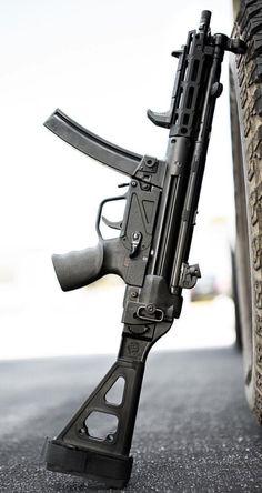 """MP5 clone """"pistol"""" Weapons Guns, Airsoft Guns, Guns And Ammo, Assault Weapon, Assault Rifle, Battle Rifle, Submachine Gun, War Dogs, Military Pictures"""