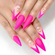 Hot pink nails are great for people who dream of becoming the center of attention. Pink Stiletto Nails, Matte Pink Nails, Hot Pink Nails, Fancy Nails, Nail Color Trends, Nail Colors, Beauty Junkie, Beautiful Nail Designs, Nail Inspo