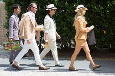 A witty sartorial sparring match has been going on between male and female dandies on the streets of London, Florence, Milan, and Paris, where the men's shows attract thousands, dressed to kill.