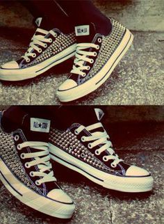 what's not to love about a pair of studded converse.....