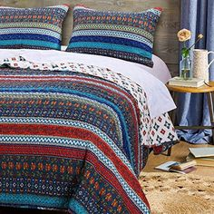 Cheap Boho Chic Quilt Set with Shams 3 Piece Brushed Microfiber Chevron Stripe Floral Design Bohemian Bedding Luxury Reversible Quilted Bedspread Dark Blue Double Full/Queen Size – Includes Bed Sheet Straps Hippie Bedding, Bohemian Bedding, King Quilt Sets, Queen Quilt, Quilted Bedspreads, Luxury Bedding Sets, Modern Bedding, Twin Quilt, Floral Stripe
