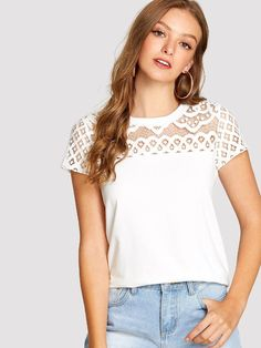 69a2adf50b0 Tee-shirt unicolore en dentelle -French SheIn(Sheinside) 8 € T Shirt