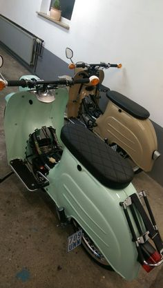 Classic Motorcycle, Motorcycle Design, Audi 100, 50cc, Mopeds, Mini Bike, Cafe Racers, Tricycle, Cool Bikes