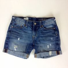 24.74$  Buy now - http://vifaw.justgood.pw/vig/item.php?t=us5l5aw2151 - Gap 1969 Sexy Boyfriend Denim Shorts Size 24R Destroyed Roll Cuff Cotton 24.74$
