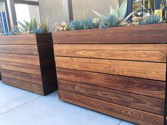Large Wood Planter Boxes, Diy Wooden Planters, Outdoor Planter Boxes, Large Outdoor Planters, Cedar Planter Box, Diy Planter Box, Patio Planters, Wooden Diy, Porch Wooden