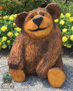 Wood Crafting Tools - Chainsaw Carving by Paul is a professional chainsaw carver in the York PA area. Chainsaw Wood Carving, Wood Carving Art, Wood Art, Tree Carving, Wooden Projects, Wood Crafts, Whittling Projects, Driftwood Sculpture, Wood Creations