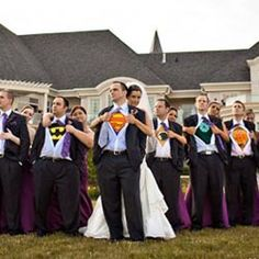 haha Super hero wedding picture. I really wanna do this!