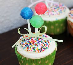Balloon Cupcakes and other balloon party ideas