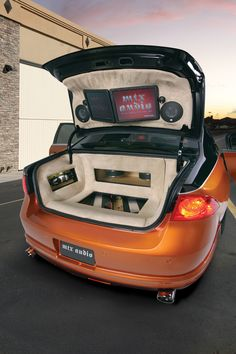 Buick-Lucerne-Trunk-install-outside-1500.jpg (1500×2250)