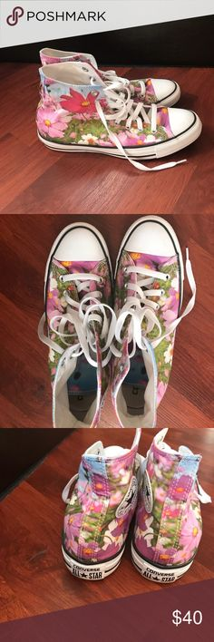 Floral Converse LIKE NEW Floral size 10 women's Converse Shoes Sneakers