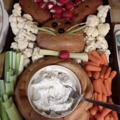 My 2nd Easter Veggie Tray.