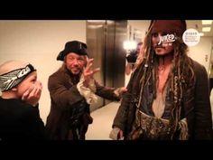 Johnny Depp confiesa la razón por la cual acostumbra visitar a niños en el hospital - http://soynn.com/2016/04/14/johnny-depp-confiesa-la-razon-por-la-cual-acostumbra-visitar-a-ninos-en-el-hospital/
