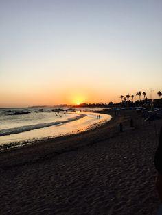 E que maneira melhor existe de acabar o dia senão um encontro mágico? Na Bahia, a Joana encontrou o lugar perfeito! mh O MORRO DE SÃO PAULO TEM O LUGAR PERFEITO PARA VER O PÔR-DO-SOL E BEBER UM COP…