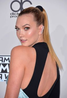 La queue de cheval haute de Karlie Kloss