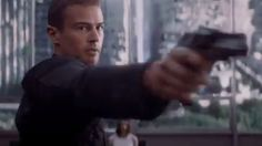 Insurgent trailer still - Tobias