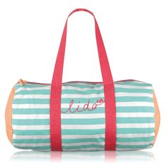 Our roomy Lido barrel bag is ideal for trips to the beach (and gym days too)! It features 'handwritten' typography and our sweet Scottie dog icon combined with a trio of eye-catching colours.