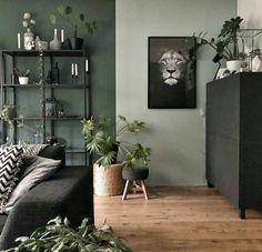 La imagen puede contener: mesa, planta e interior Simple Living Room Decor, Living Room Green, Green Rooms, Home Living Room, Living Spaces, Living Room Color Schemes, Living Room Designs, Living Room Colors, New Room