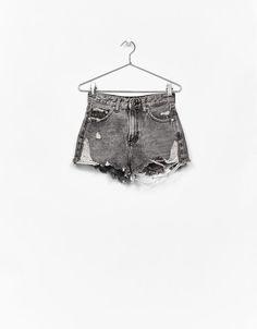 High waist denim shorts with rips - Bershka #high waist #denim #shorts #rips #bershka