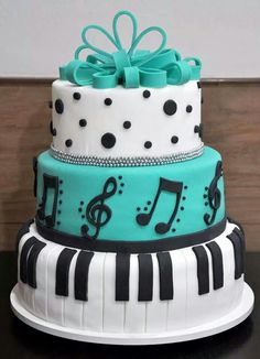 Trendy Cupcakes Ideas For Teens Beautiful Cakes Ideas Music Birthday Cakes, Music Themed Cakes, Funny Birthday Cakes, Music Cakes, 16 Birthday Cake, Pretty Cakes, Cute Cakes, Beautiful Cakes, Yummy Cakes