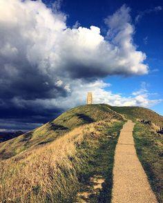 Glastonbury - Path to the tor  #landscape #picoftheday #instapic #instagram #paganism #england #glastonbury #tor