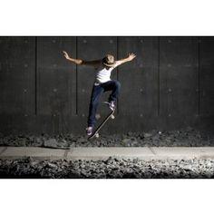 Skater - http://www.fotomurales.es/otros/fotomural-skater.html