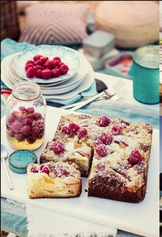 Ciasto drożdżowe z kruszonką! Must be w ogródku po obiedzie.