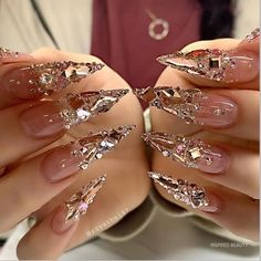 20 Stiletto Nail Art Design Ideas For Prom In 2020 Spring and Summer - ibaz Bling Acrylic Nails, Stiletto Nail Art, Glam Nails, Dope Nails, Bling Nails, Beauty Nails, Coffin Nails, Rhinestone Nails, Glitter Nails