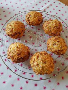 Low Carb Speck-Käse-Brötchen, ein schmackhaftes Rezept mit Bild aus der Kategorie Trennkost. 24 Bewertungen: Ø 4,5. Tags: Backen, Brot oder Brötchen, Trennkost